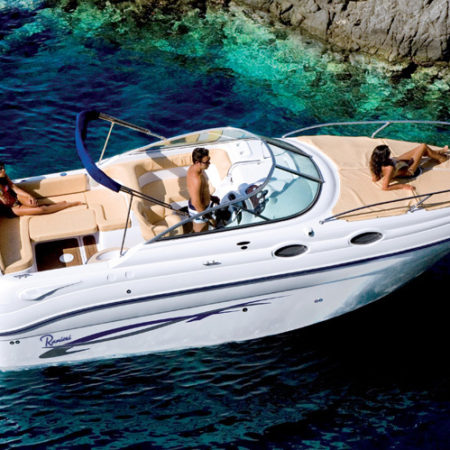noleggio-barca-con-skipper-isole-eolie